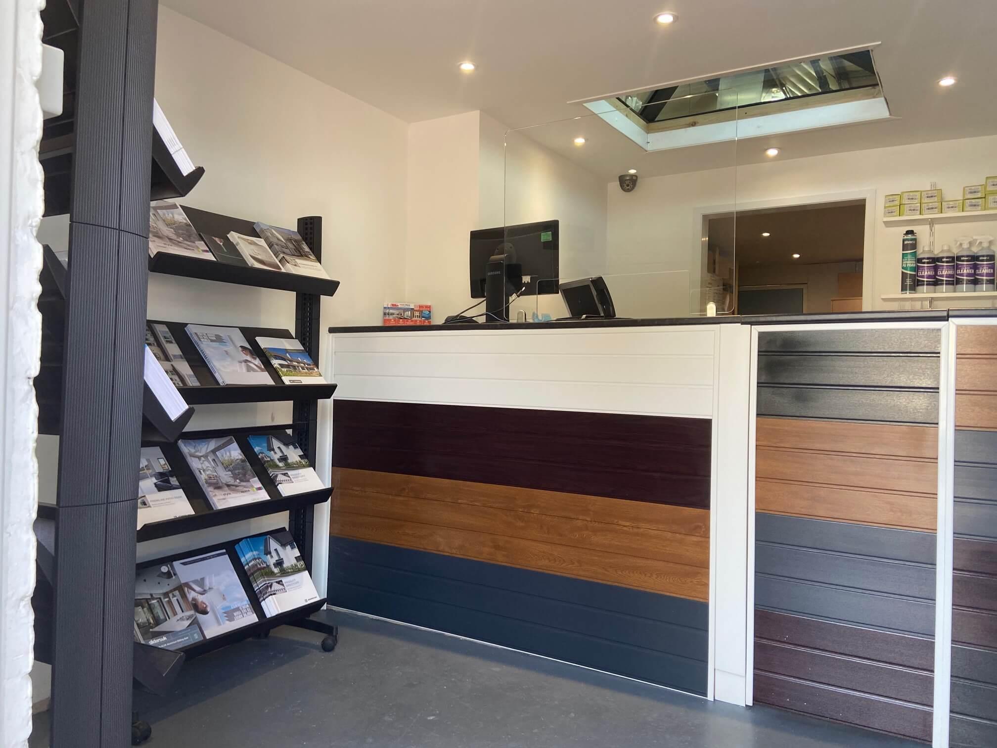 New Building Plastic Shop