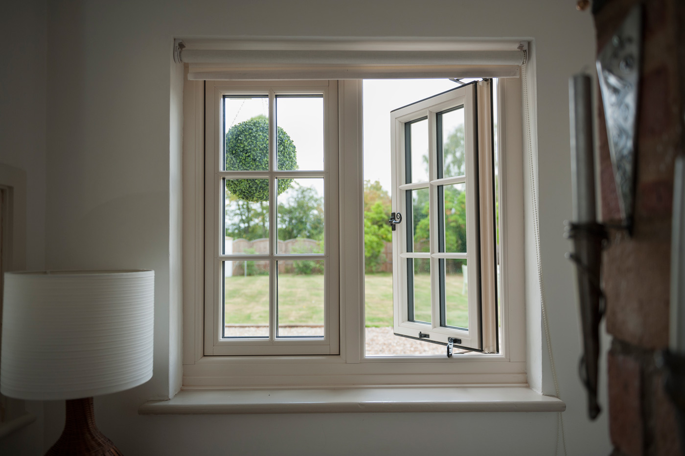 Your Price Windows Best Ways to Create a Timber Look for Windows Without the Upkeep - Best Ways to Create a Timber Look for Windows Without the Upkeep