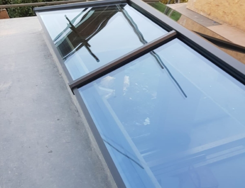 Installation of a Stratus Roof on a New Extension in Kew