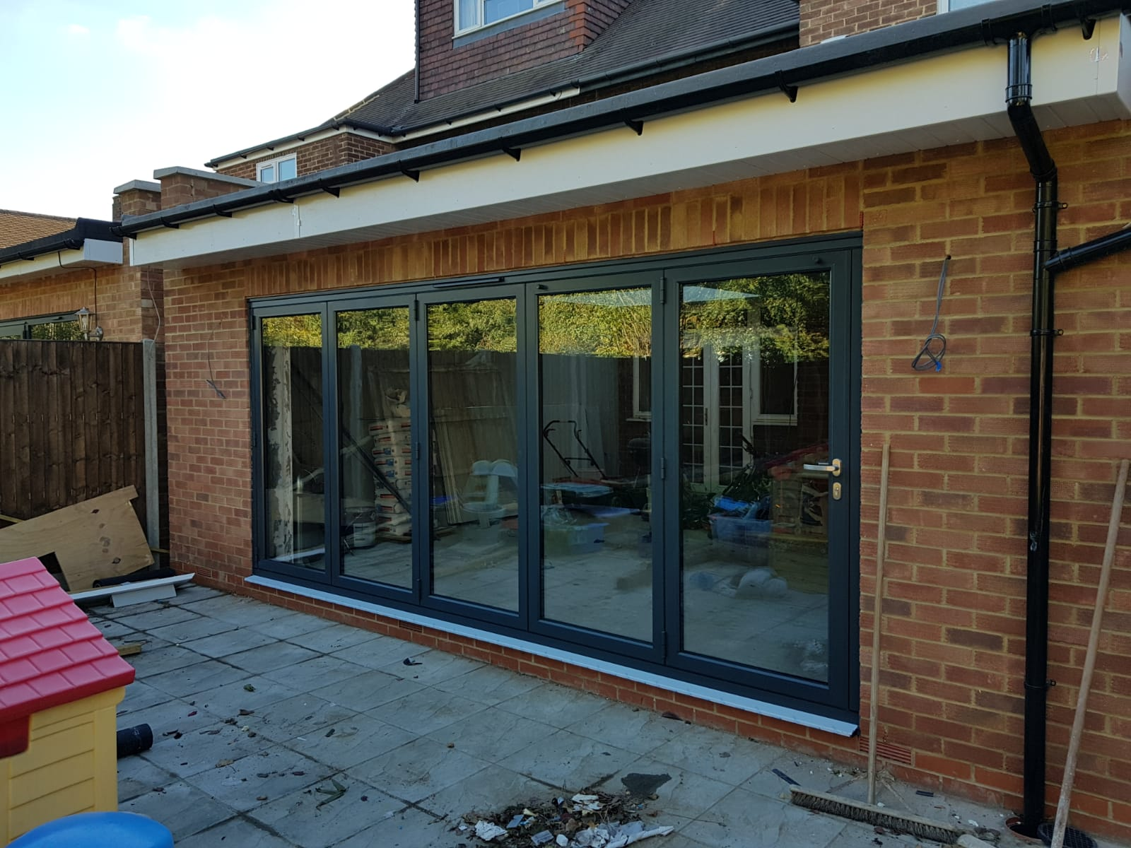 Worried bifolds will be awkward to install at your home? Here's everything you need to know about why Origin bifolds are so simple to fit. Includes overcoming limited access issues, made to measure doors & express delivery.
